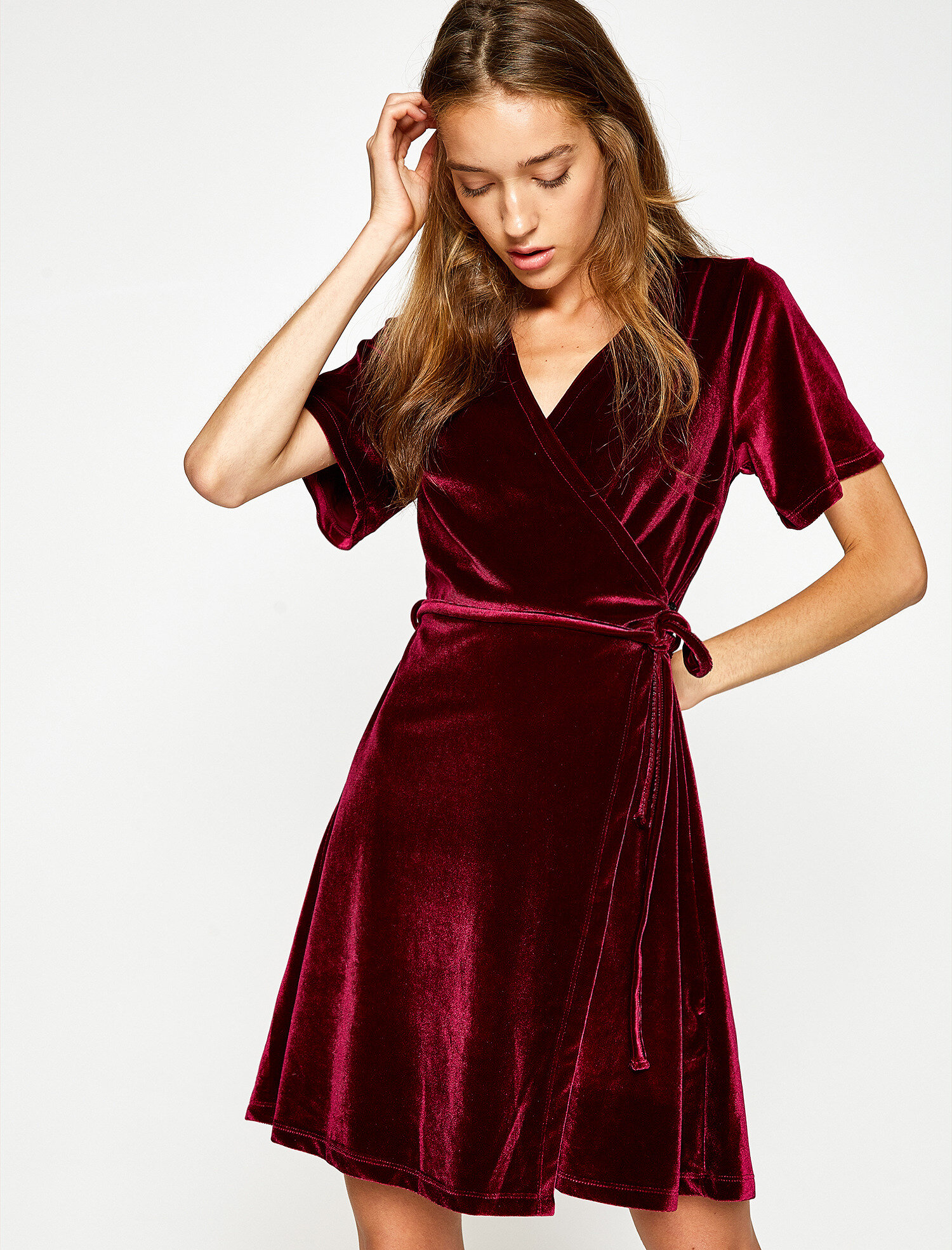 What Shoes To Wear With Velvet Swing Dress