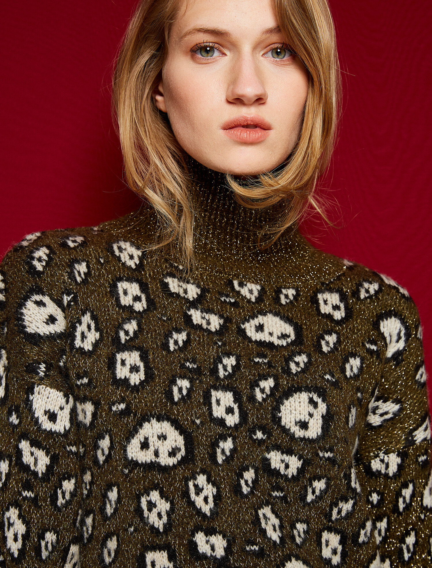 turtle neck patterned jumper. pic 1 · pic 2 ...